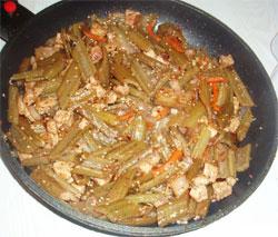 Экзотическое блюдо из сахалинского лопуха