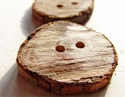 Деревянные пуговицы