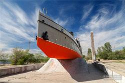 Корабли на пьедестале