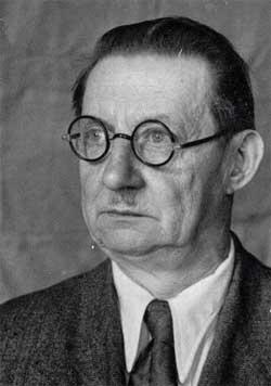 18 сентября - День рождения Михаила Ивановича Авилова