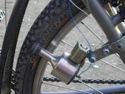 Как добиться лучшего сцепления валика велосипедного электрогенератора с шиной
