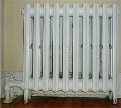 Чистим радиаторы отопления от пыли