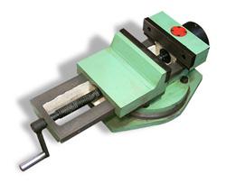 Нехитрое приспособление для гибки листового металла