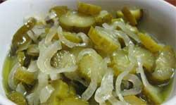 Огурцы маринованные салатные
