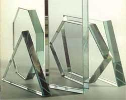 Как обработать край отрезанного стекла