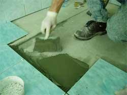 Как ремонтировать пол из керамических плиток
