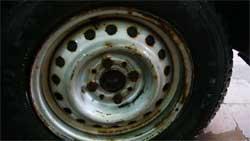 Как освежить заржавевшие диски колес