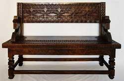 Как состарить деревянную поверхность мебели