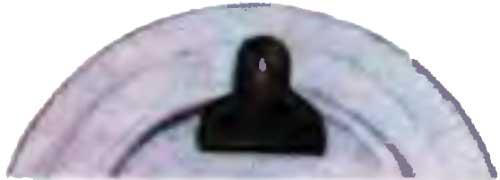 Способ приклеивания кожаной петли для подвески фарфоровых тарелок