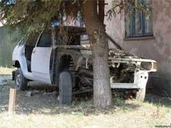 Как убрать со двора брошенную машину