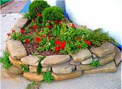 Оформление цветников на садовом участке