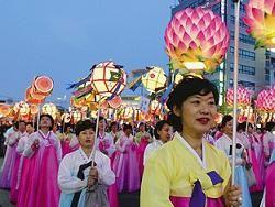 Фестиваль лотосовых фонарей в Корее