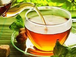 В дубайском кафе подают золотой чай