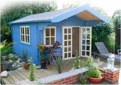 Как утеплить небольшой садовый домик