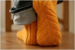 Вяжем простым способом: носки, гольфы, подследники, башмачки
